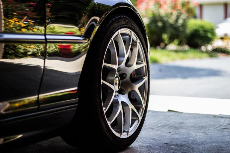4 de cada 10 conductores no saben cuando cambiar las ruedas 768x512 - Cuatro de cada diez conductores no saben cuándo cambiar las ruedas