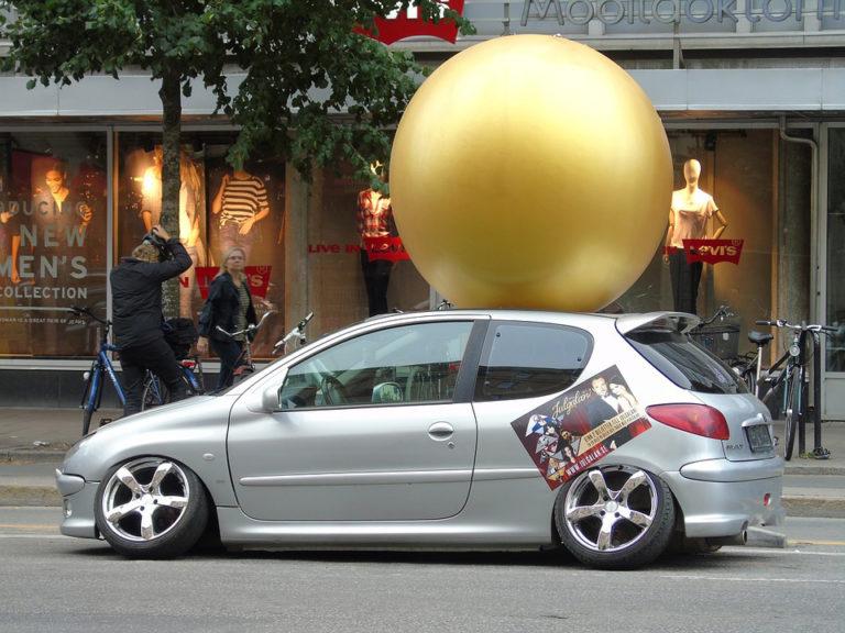 Publicidad en tu coche 768x576 - Publicidad en tu coche: una forma sencilla de ganar dinero