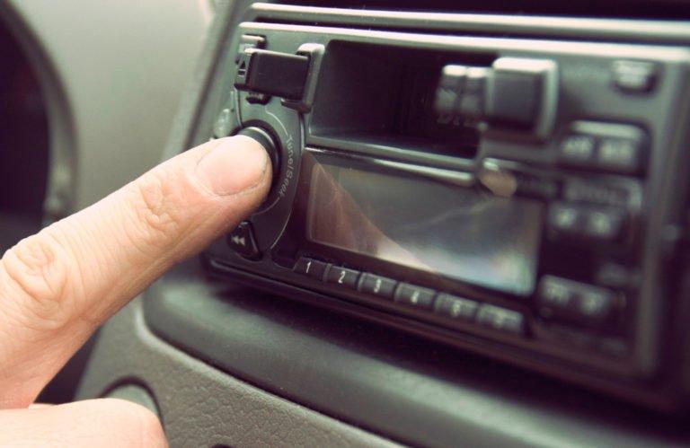 Esta es la musica que mas suena en los coches europeos 768x499 - Esta es la música que más suena en los coches europeos