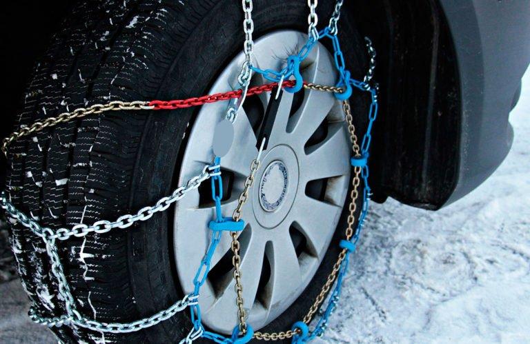 Como colocar las cadenas de nieve en el coche 768x499 - ¿Cómo colocar las cadenas de nieve en el coche?