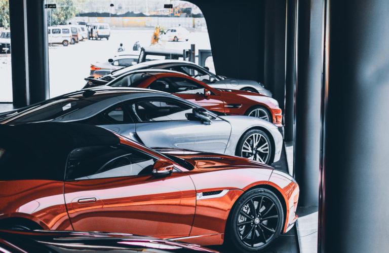 Los cuatro coches que te puedes comprar si te toca la Loteria de Navidad 768x499 - Los cuatro coches que te puedes comprar si te toca la Lotería de Navidad